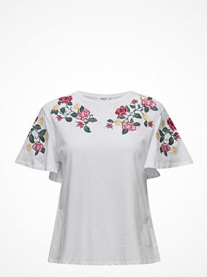 Mango Roses Embroidered T-Shirt