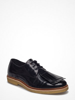 Royal Republiq Cast Creep Derby Shoe W/Detachable Fringe