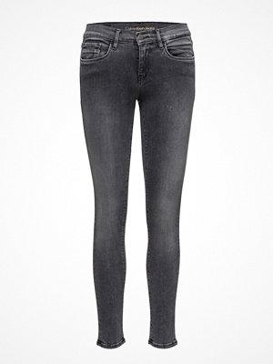 Calvin Klein Jeans Mid Rise Skinny - Vo