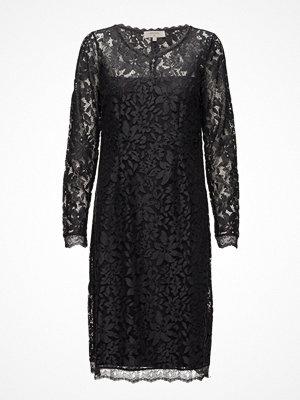 Cream Fie Lace Dress