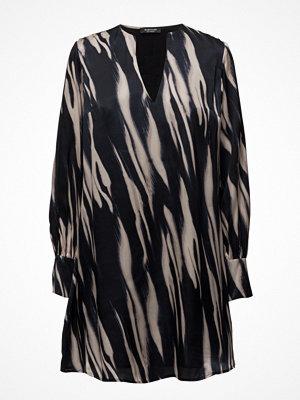 Tunikor - Marciano by GUESS Lace Neckline Mini Dress