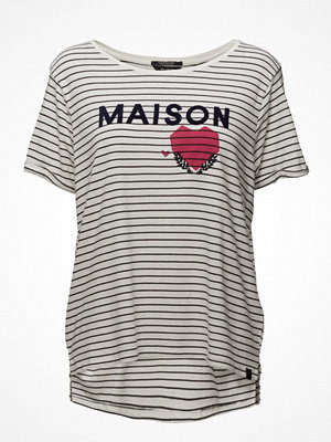 Scotch & Soda Short Sleeve Relaxed Logo Tee With An Open Neckline