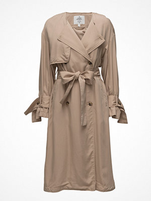 Trenchcoats - Cheap Monday Flavor Trench
