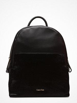 Calvin Klein svart ryggsäck Jasmine Fashion Backpack