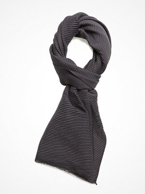 Halsdukar & scarves - UNMADE Copenhagen Plisse Scarf