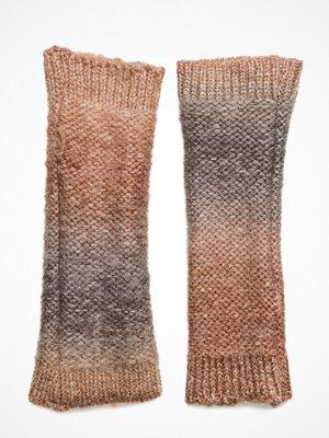 Handskar & vantar - UNMADE Copenhagen Dip Dye Knit Fingerless
