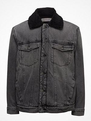 Calvin Klein Jeans Sherpa Trucker- Blac