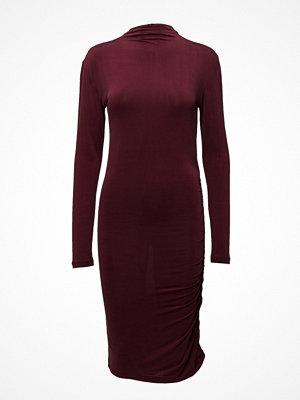 Second Female Yoyo Ls Dress