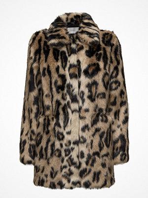 Stand Alexa Faux Fur Jacket