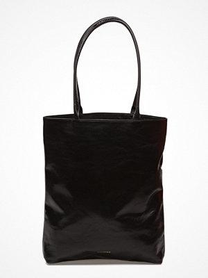 Royal Republiq svart shopper Essential Tote