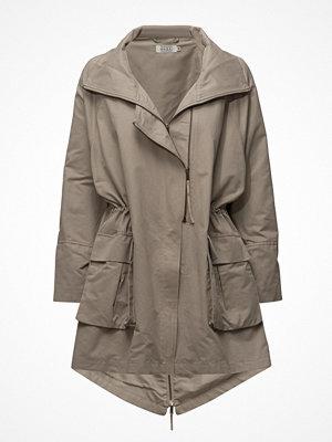 Masai Tinny Coat