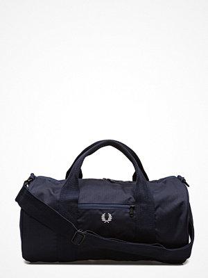 Väskor & bags - Fred Perry Twill Barrel Bag