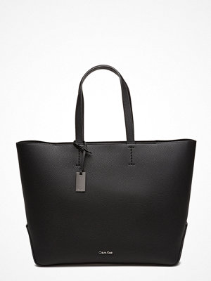 Calvin Klein Edit Large Shopper, svart