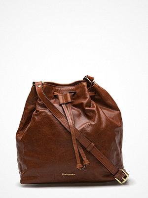 Royal Republiq brun axelväska Bucket Handbag