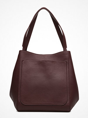 Filippa K omönstrad axelväska Shelby Bucket Leather Bag