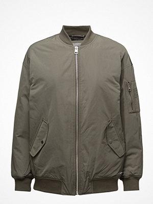 Calvin Klein Jeans omönstrad bomberjacka Olva Lw Padded Logo Bomber