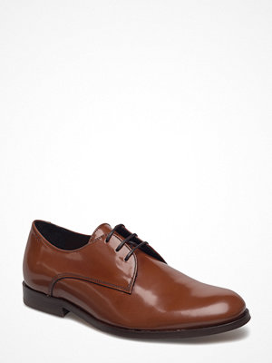 Royal Republiq Alias Classic Derby Shoe