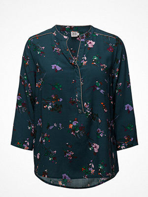Saint Tropez Floral Print Blouse W.Piping