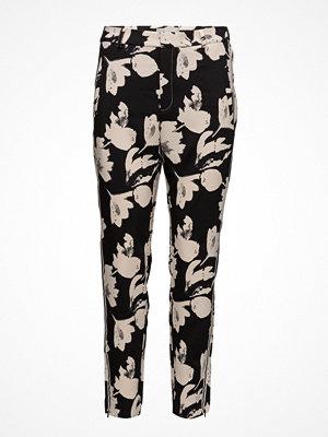 InWear svarta byxor med tryck Chan Pant Nica Fit