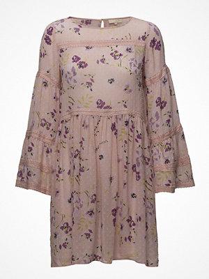 by Ti Mo Semi Couture Shift Dress