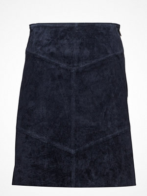 Mango Seams Leather Skirt