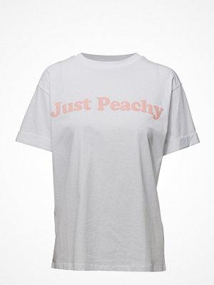 mbyM Just Peachy