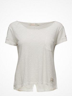 Odd Molly Sneak Peak T-Shirt