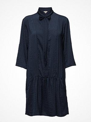 Cream Comma Dress