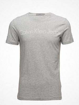 T-shirts - Calvin Klein Jeans Treasure 2 Slim Cn Tee Ss