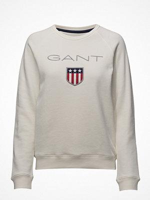 Gant O1. Gant Shield Logo C-Neck Sweat