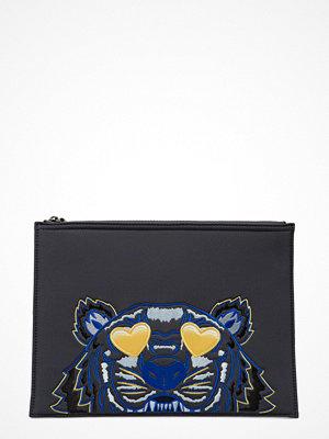 Kenzo svart kuvertväska med tryck Pouch Special