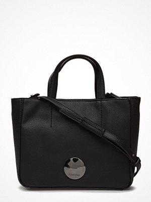 Calvin Klein svart shopper Olivia Mini Tote