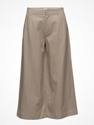 Filippa K omönstrade byxor Max Cropped Wide Trousers