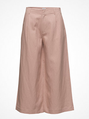Filippa K persikofärgade byxor Max Cropped Wide Trousers