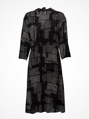 Marimekko Ineda MÄTi Dress