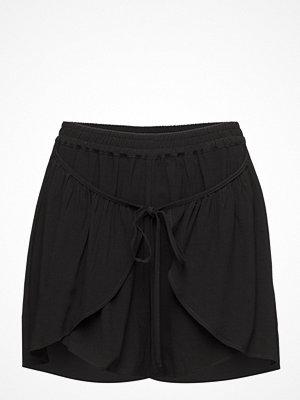 Designers Remix Viola Shorts