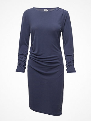 Saint Tropez Jersey Dress W Pleats Details
