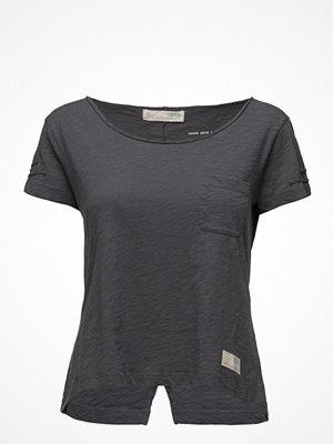 T-shirts - Odd Molly Sneak Peak T-Shirt