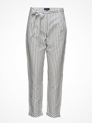 Gant ljusgrå randiga byxor O2. Striped Linen Pants