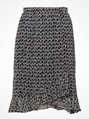 Signature Skirt-Light Woven
