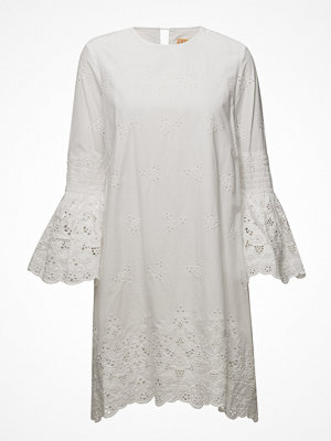 Line Of Oslo Zane Lace