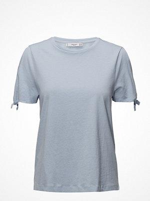 Mango Bows Sleeve T-Shirt