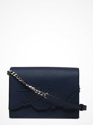 Karl Lagerfeld bags marinblå axelväska K/Signature Essential Shldrbag