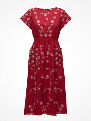 by Ti Mo Fleur Anglaise - Fleur Anglaise Midi Dress