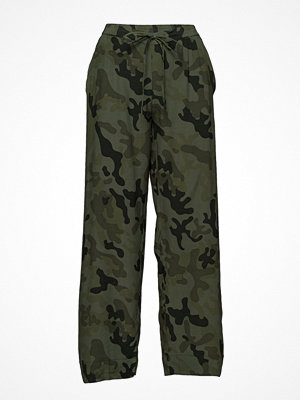 Rabens Saloner mönstrade byxor Camouflage Drawstring Pant