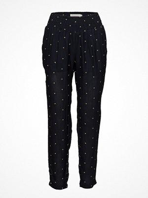 Coster Copenhagen svarta byxor med tryck Trousers W. Embroidered Stars