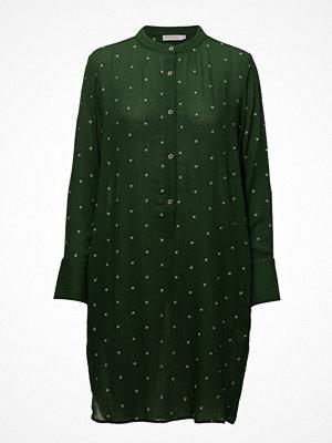 Coster Copenhagen Shirt Dress W. Embroidered Stars