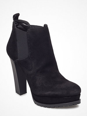Guess Rita/Shootie  (Ankle Boot)/Sue