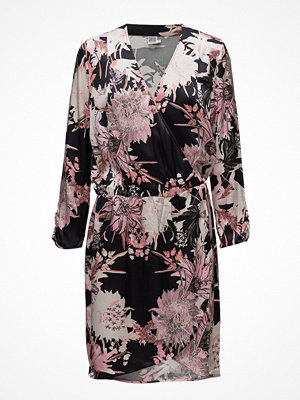 Saint Tropez Big Flower P Wrap Dress