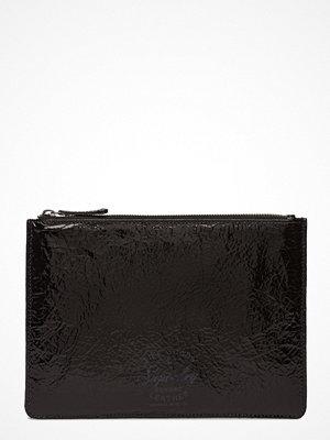 Superdry svart kuvertväska Metallic Clutch